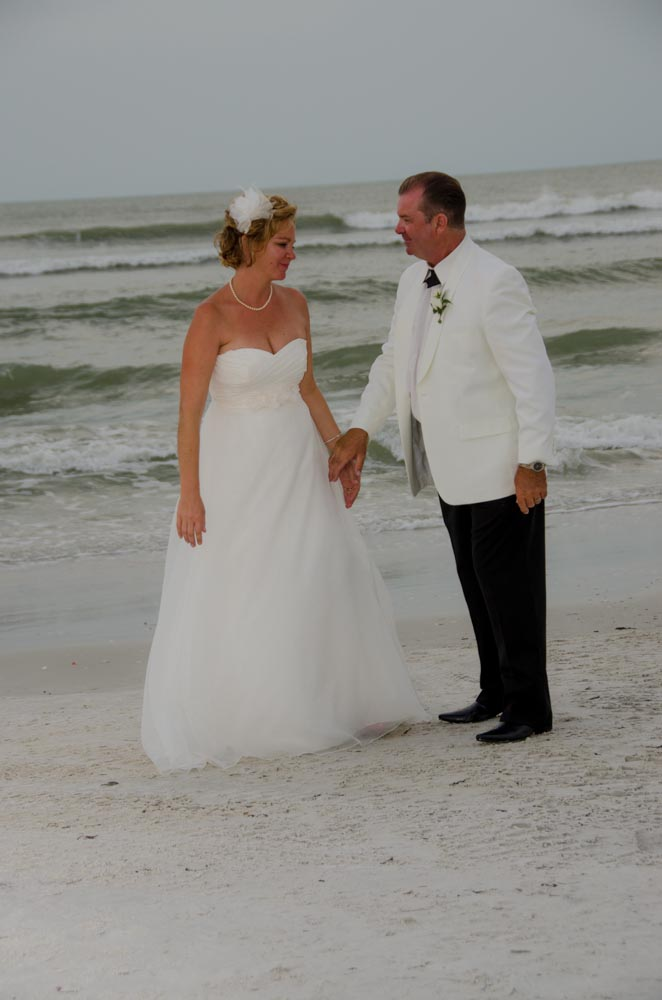 Beach wedding photography packages for small weddings for Small wedding photography packages